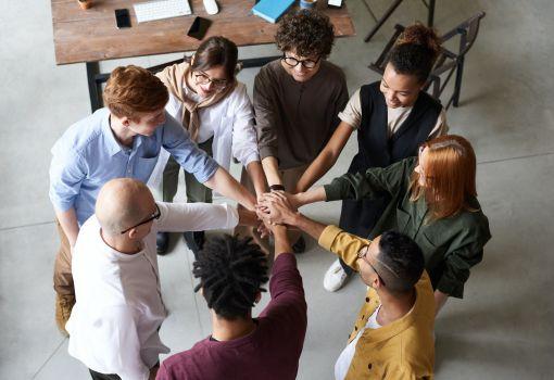Glaubensgemeinschaften, Vereine und Organisationen